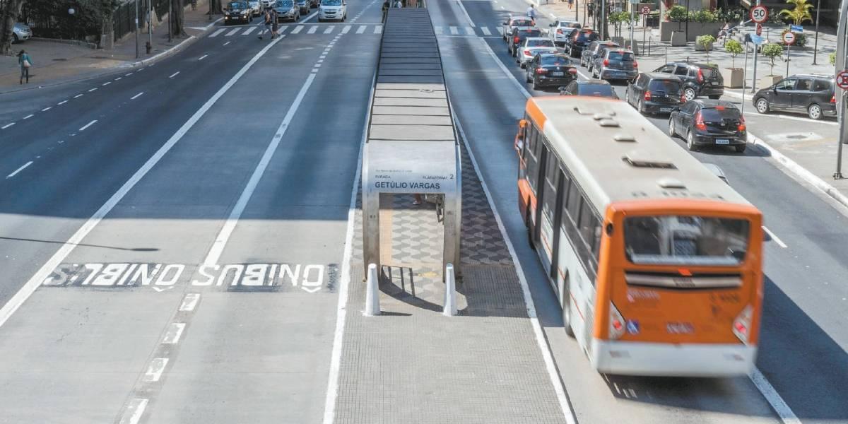 Doria e Alckmin vão aumentar preço do ônibus e metrô para R$ 4 em janeiro