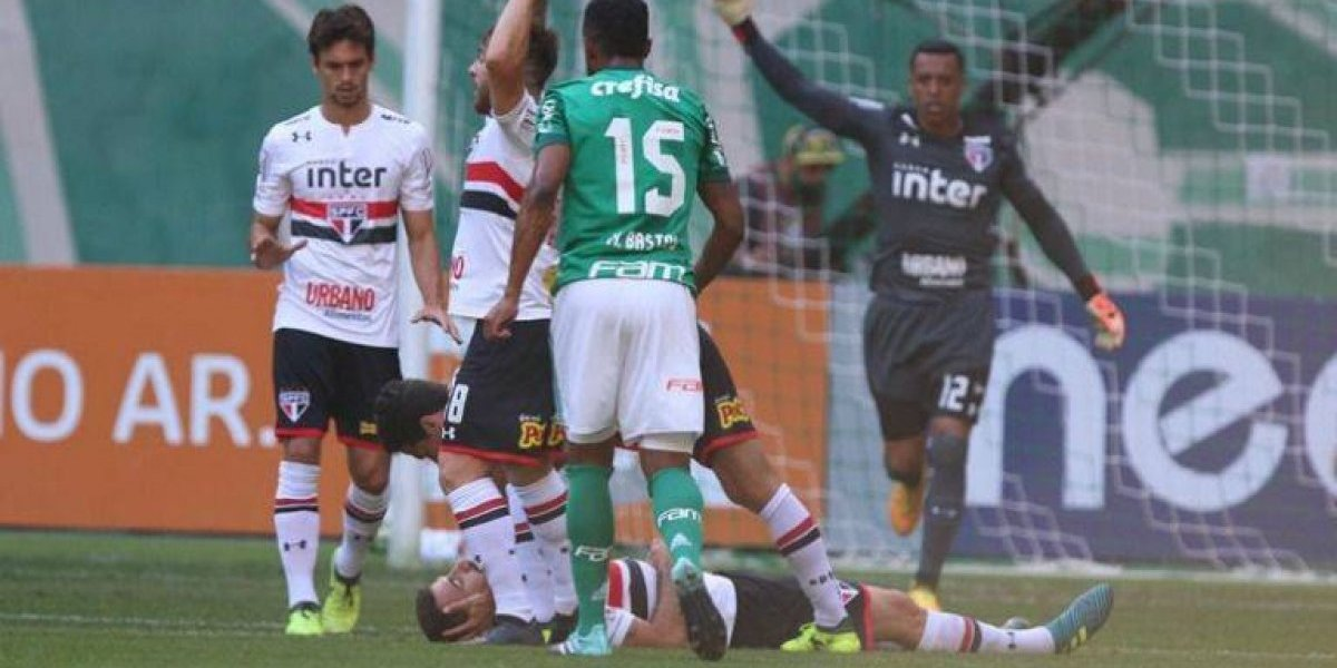 VIDEO: Rodillazo deja inconsciente a futbolista argentino