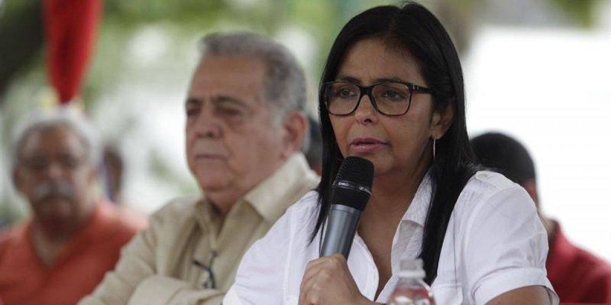 Delcy culpa a Trump de escasez: Venezuela no tiene cómo pagar comida y medicamentos tras nuevas sanciones