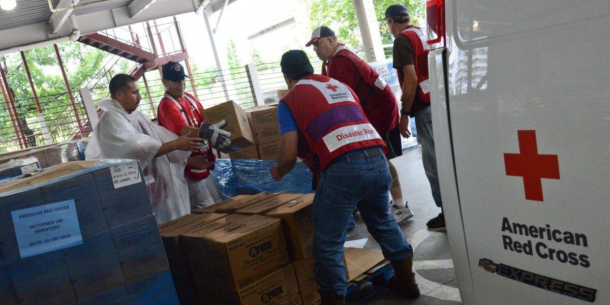 Puertorriqueños con Cruz Roja se movilizan para ayudar en Texas y Luisiana