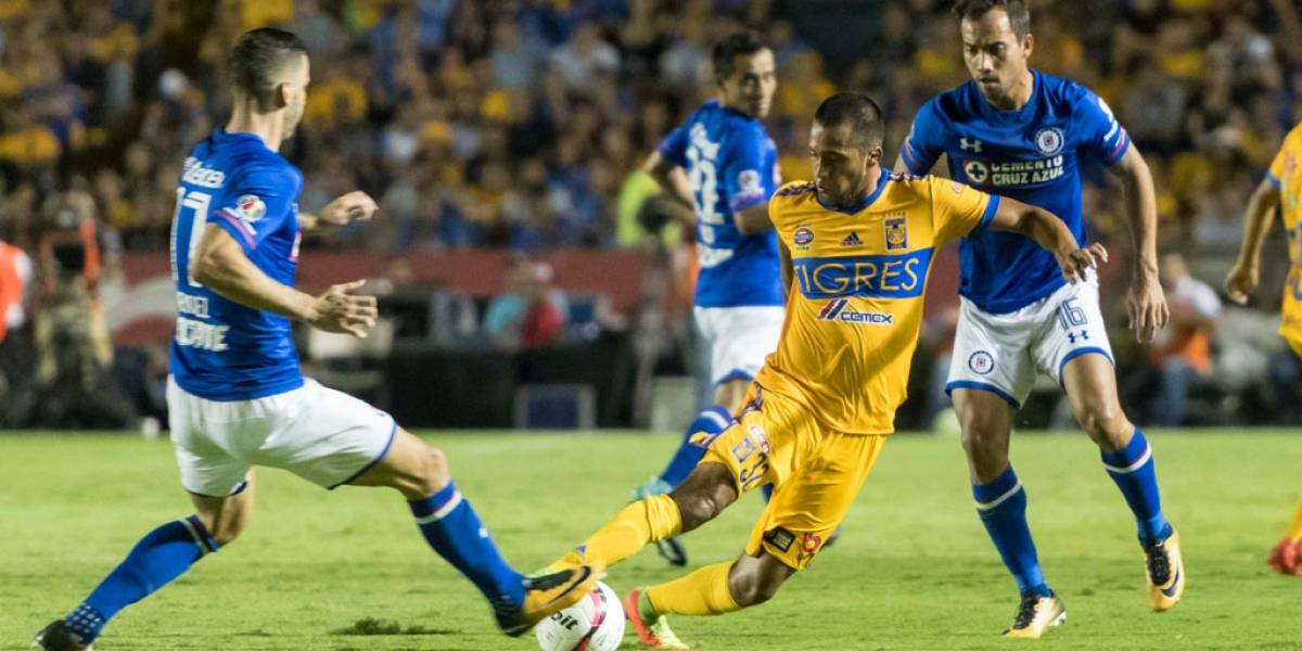 En juegazo, Cruz Azul le saca triunfo a Tigres