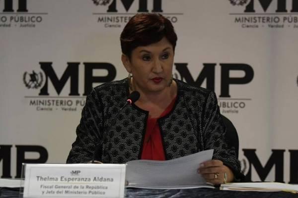La fiscal general, Thelma Aldana, informó de la solicitud de antejuicio contra Morales el viernes pasado.