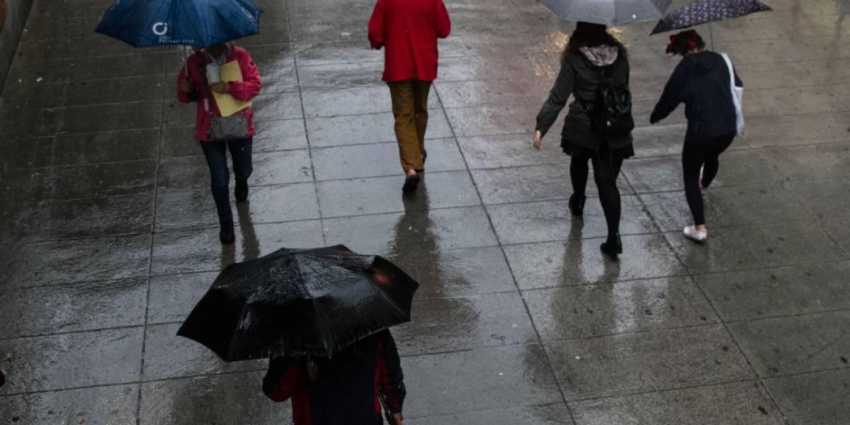 Prevén tormentas intensas en el país por onda tropical 30