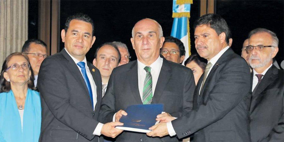 Diputados niegan presiones, alianza respalda al presidente