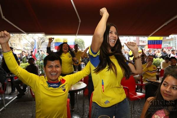 Ofertas, picadas y pantallas gigantes por Ecuador Vs. Brasil