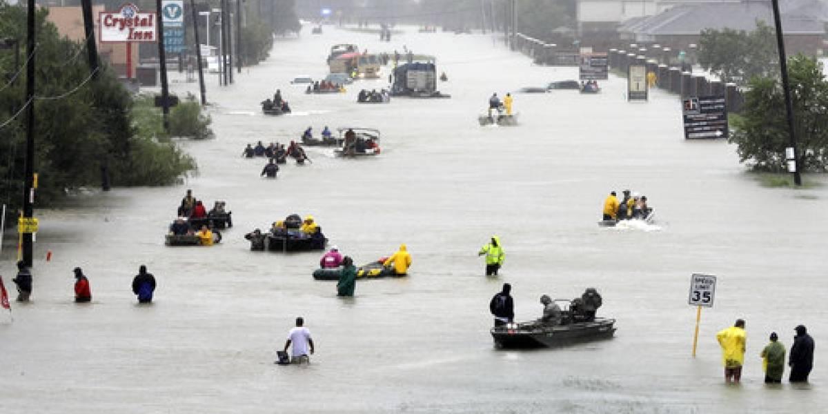 Texas aguarda vuelta de Harvey entre frenéticos rescates