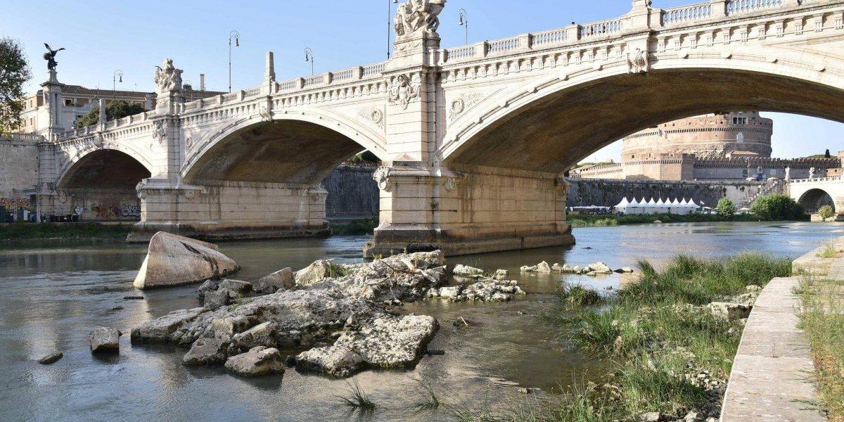 Roma reduce suministro de agua potable tras devastadora sequía