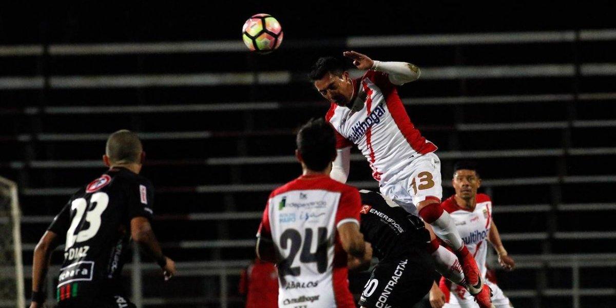 Curicó Unido lo dio vuelta en la agonía y le propinó un duro golpe a Palestino en Copa Chile