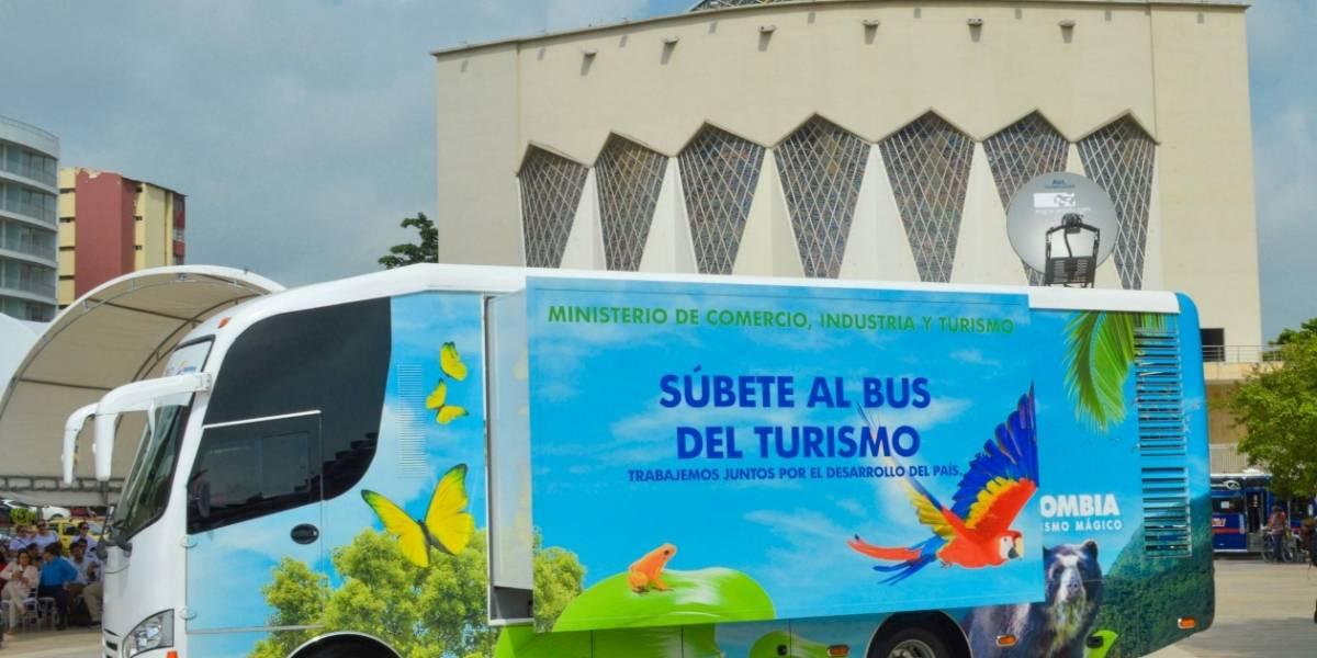 Bus del Turismo recorre el departamento del Atlántico