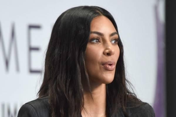 Kim Kardashian, criticada por vestirse como Jackie Kennedy