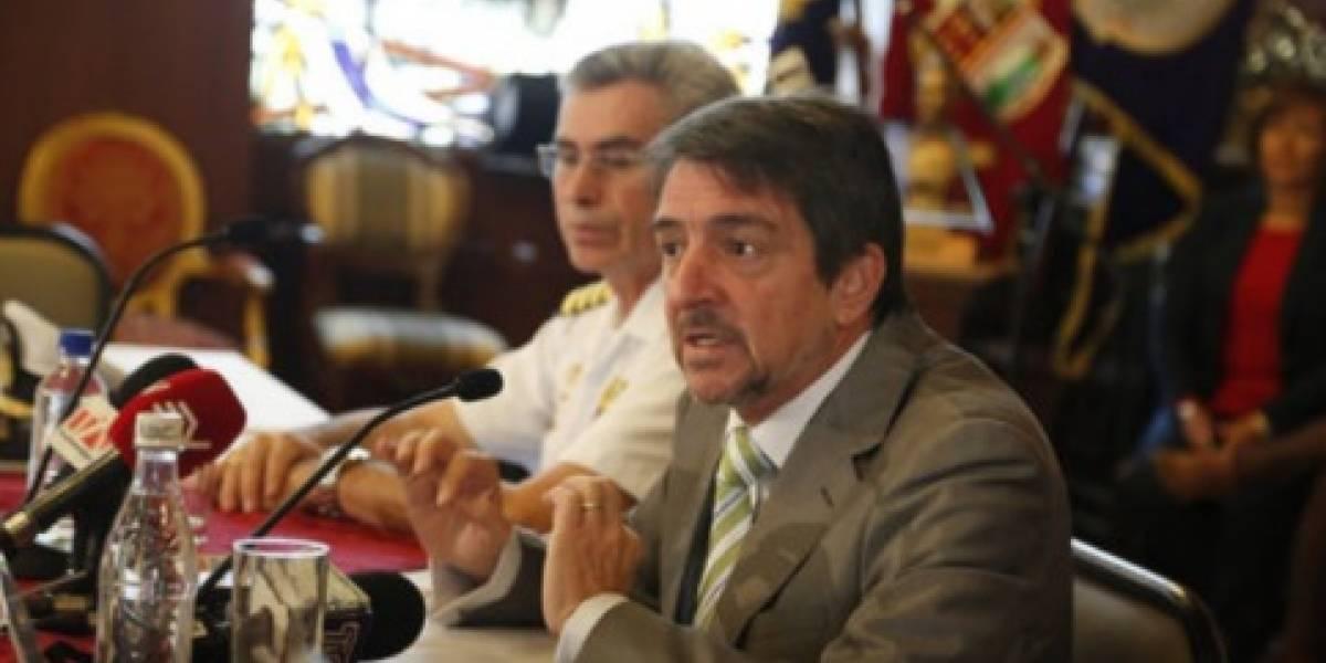 Ecuador dice que pesqueros chinos se han alejado de su mar territorial