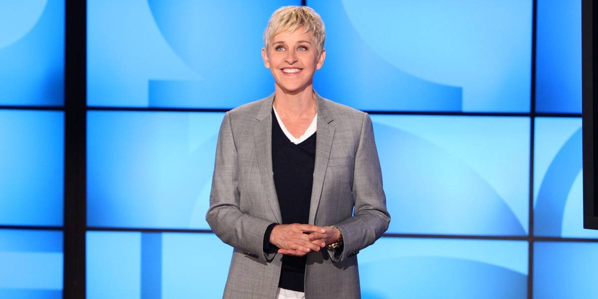 VIDEO. Ellen DeGeneres se da un baño con Taylor Swift