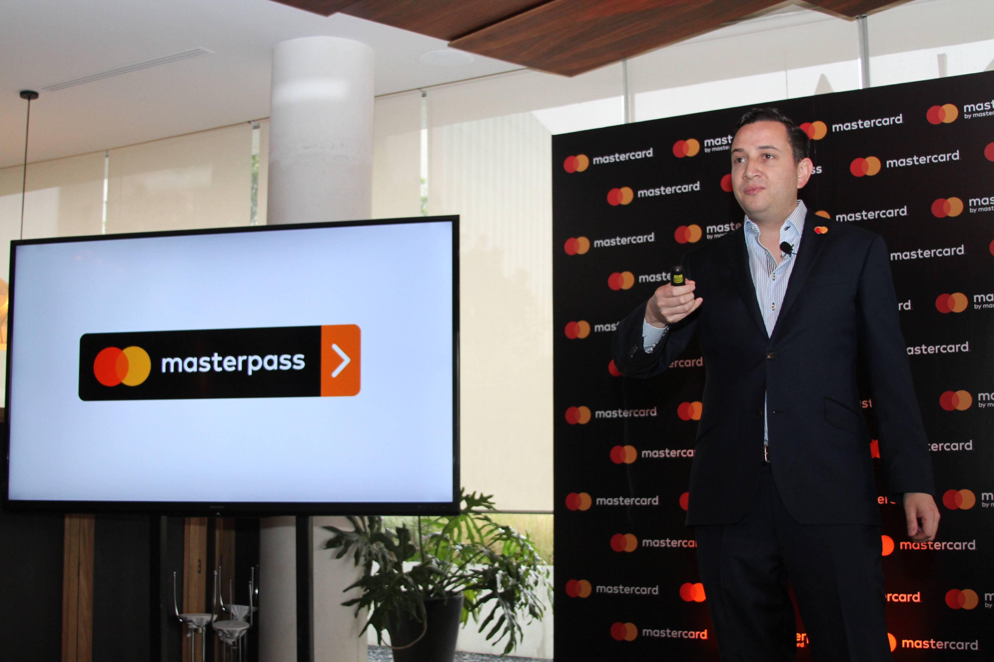 Presenta Mastercard su servicio para compras en línea