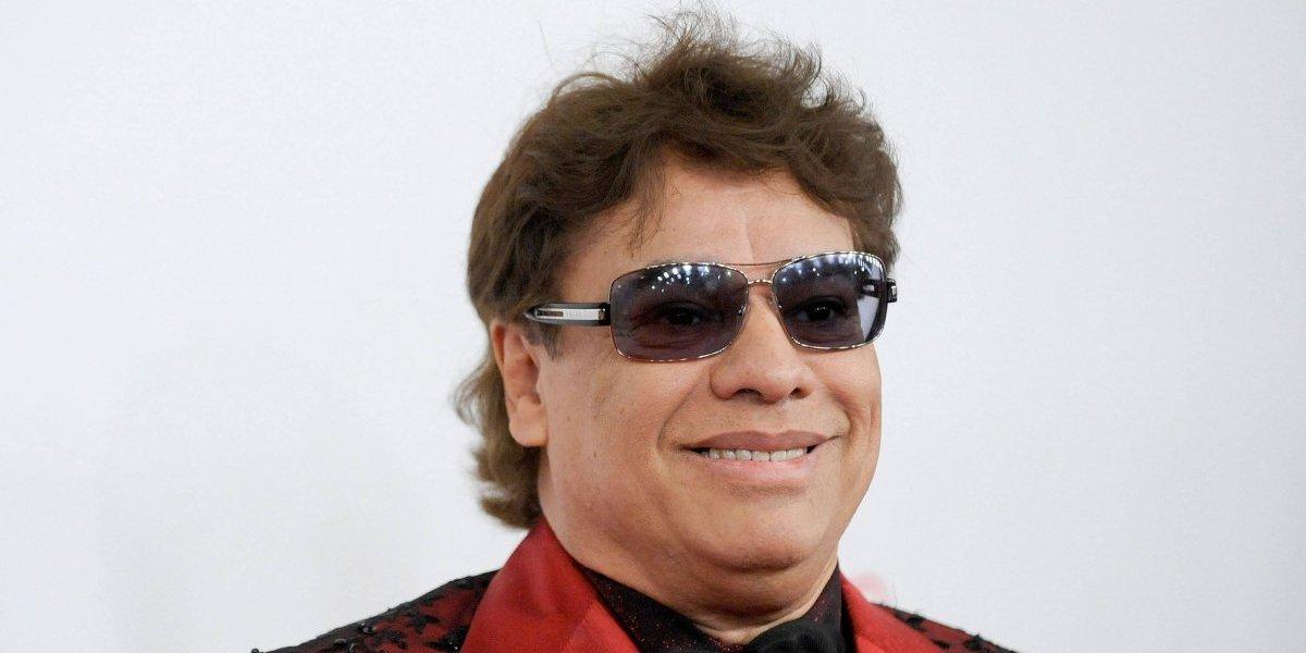 Hijo de Juan Gabriel siembra dudas al publicar foto con el cantante