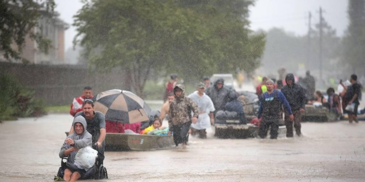 Inundaciones provocan la rotura del principal dique en Houston