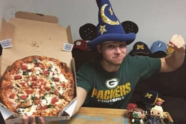 Comió pizza por un años y este fue el cambio que sufrió