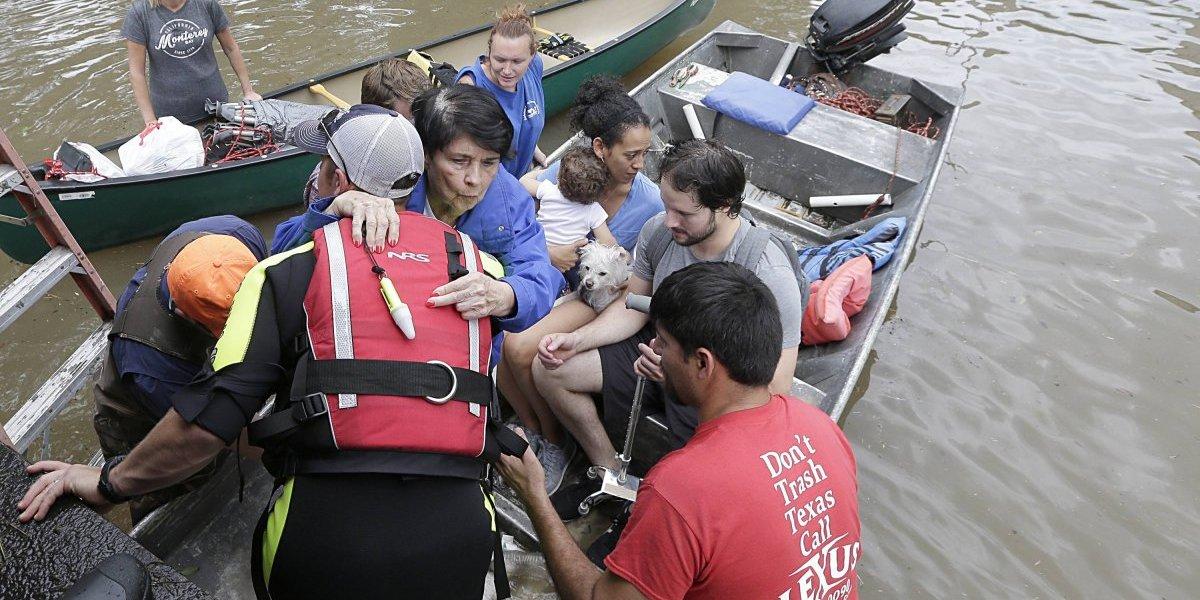 Muertos, damnificados y litros de agua: estas son las cifras que ha dejado el huracán Harvey