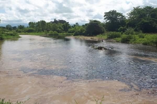 Ecopetrol sortea emergencia ambiental tras ataque a oleoducto