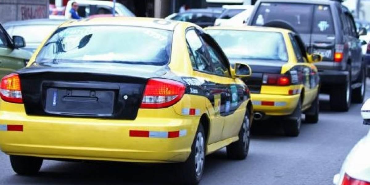 Se inicia segunda etapa para regularización de taxis en Quito