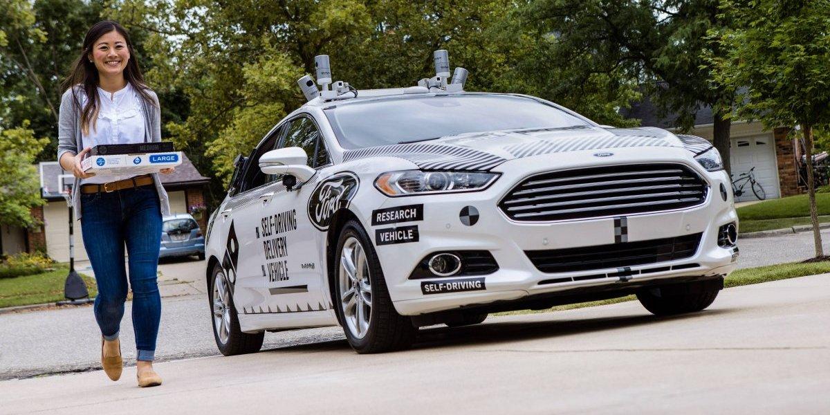 Domino's y Ford comienzan estudio sobre entregas con vehículos autónomos