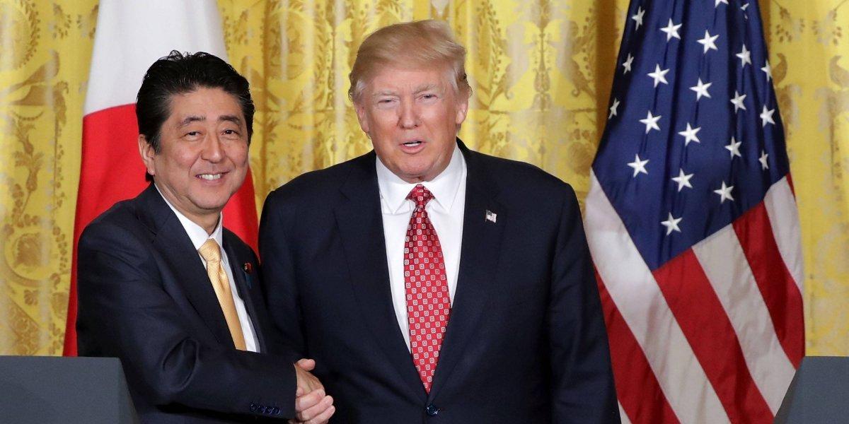Trump rechaza dialogar con Corea del Norte; estrecha alianza con Japón