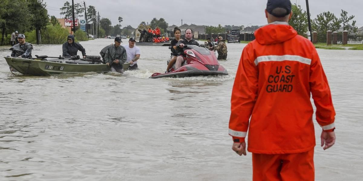 Voces boricuas relatan el caos que vive Houston