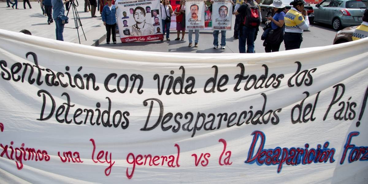 Falta voluntad de la PGR para investigar desaparición forzada: Comité Cerezo