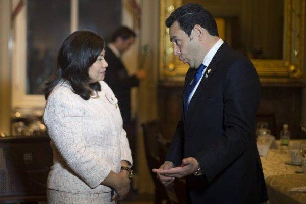 Norma Torres y Jimmy Morales