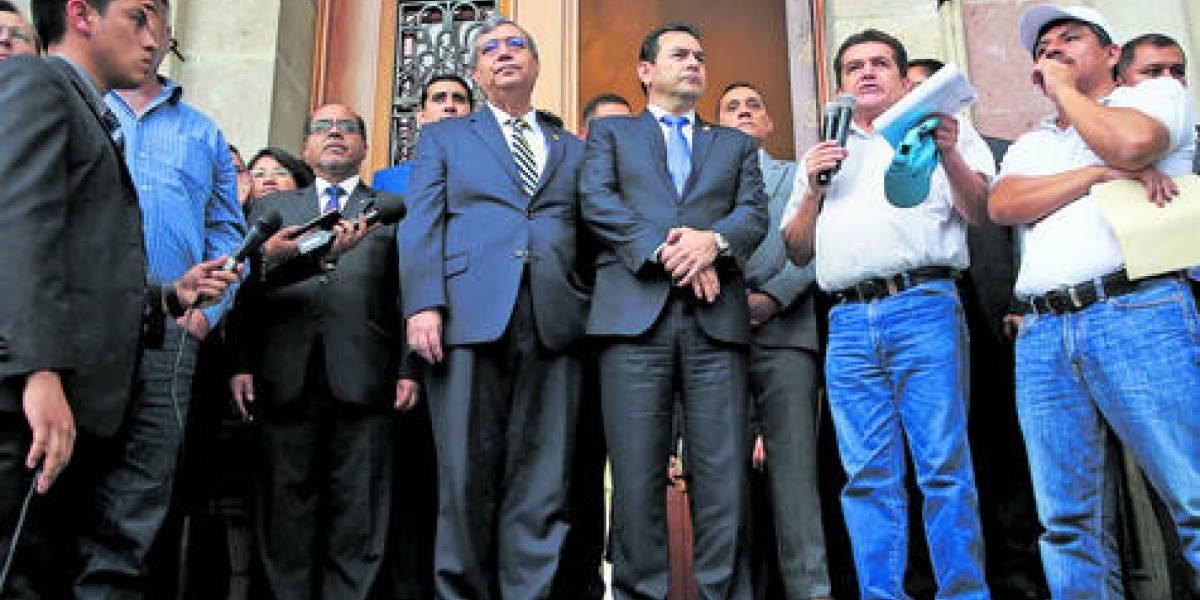 Morales se apoya en sectores influyentes tras el fallo de la CC