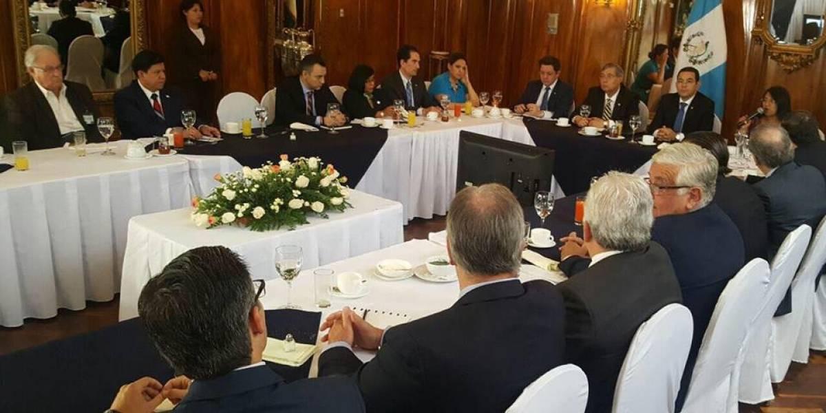 """CACIF plantea al presidente una propuesta de diálogo para que """"regrese la estabilidad al país"""""""