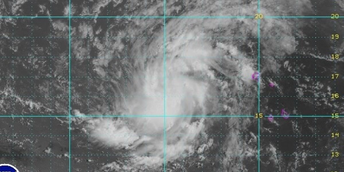 Alerta de tormenta tropical en Baja California
