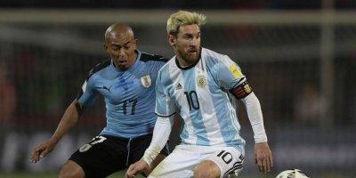 Messi se alista para enfrentar a Uruguay y Venezuela