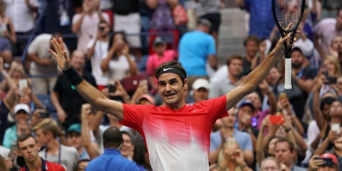 Federer volvió a sufrir antes de dar otra lección de tenis en el US Open