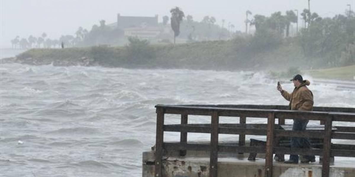Irma ya es huracán y su ruta es amenaza potencial para Puerto Rico