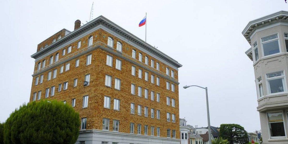 EU obliga a Rusia a cerrar su consulado en San Francisco
