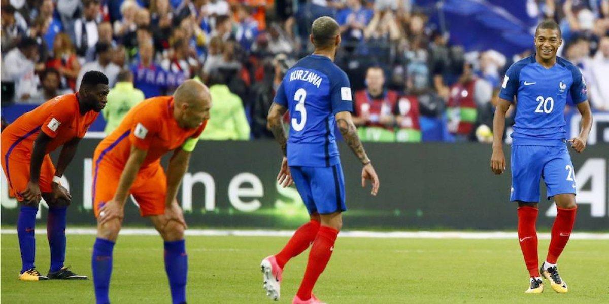Francia deja al borde de la eliminación a Holanda