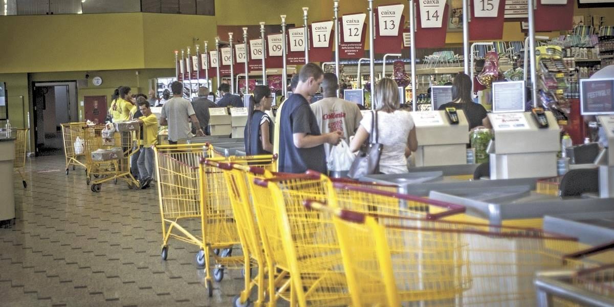 Supermercados de São Paulo devem abrir 5 mil vagas em março e abril