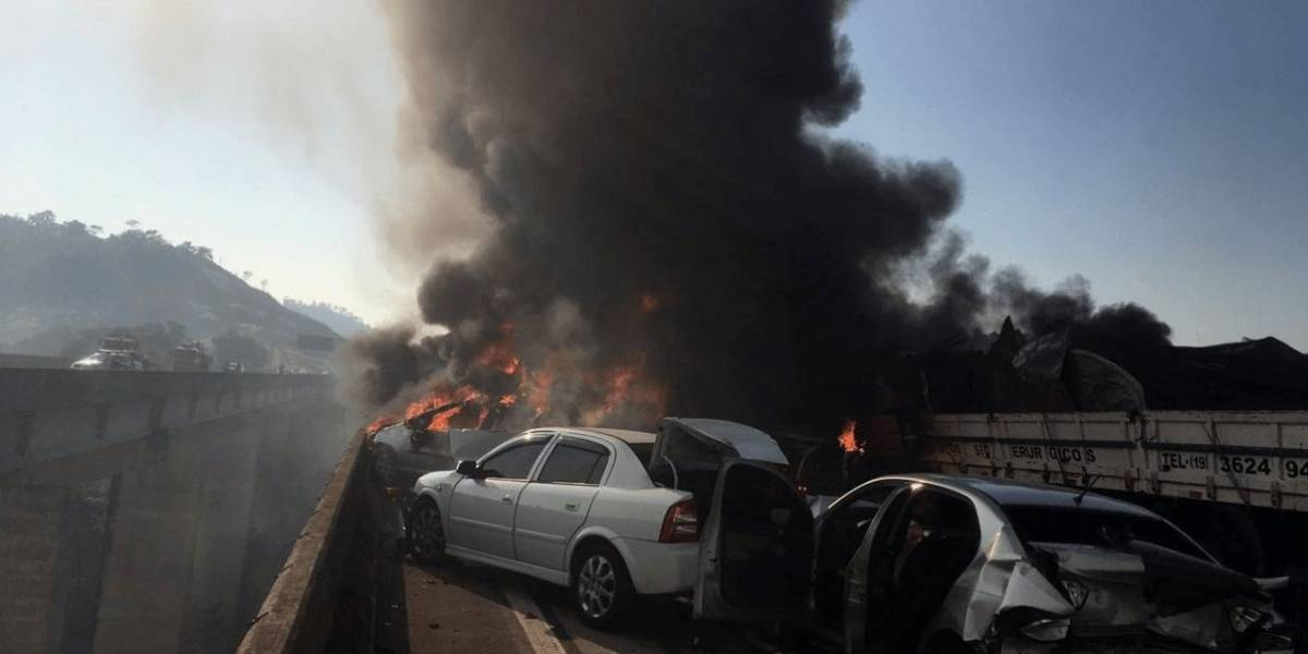 Tragedia: impresionante choque en cadena en Brasil