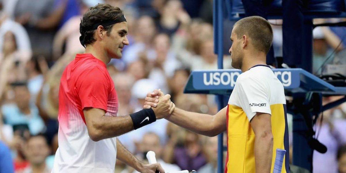 Roger Federer sufre para avanzar en el US Open