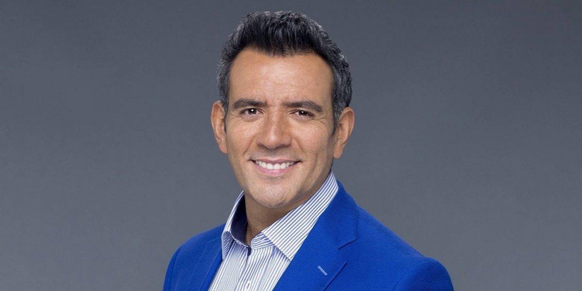 VIDEO. Héctor Sandarti se va de Televisa