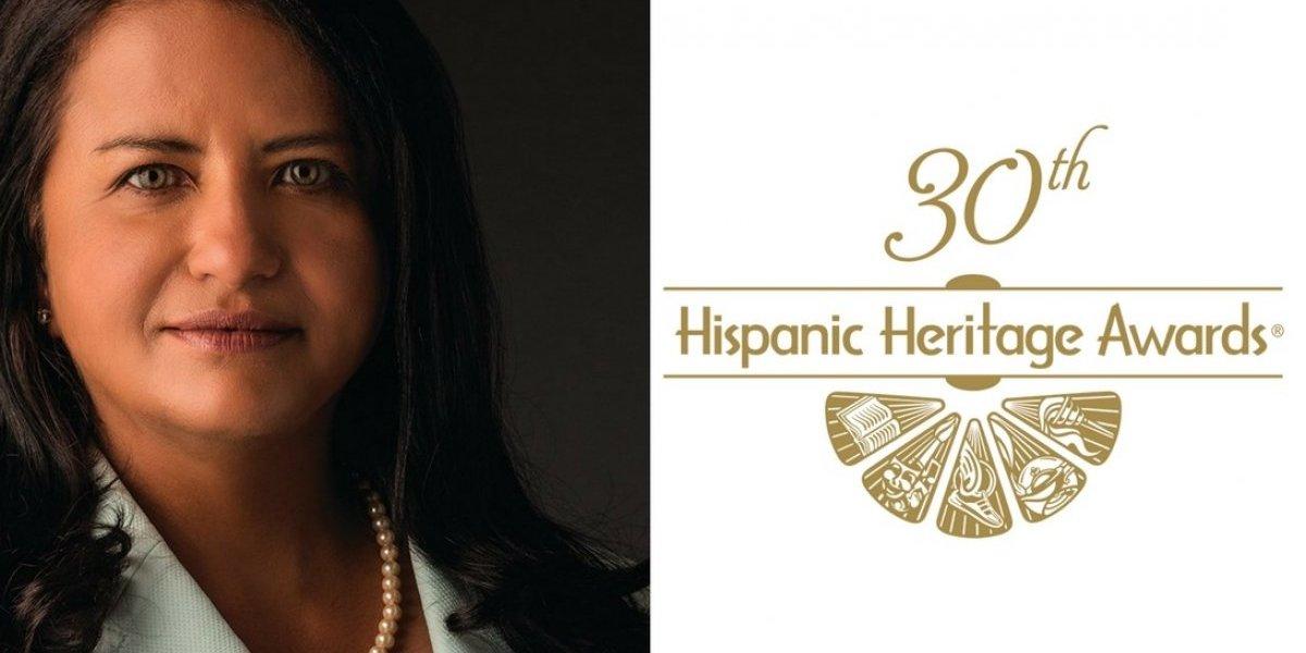 Egresada del RUM es reconocida por la Hispanic Heritage Foundation