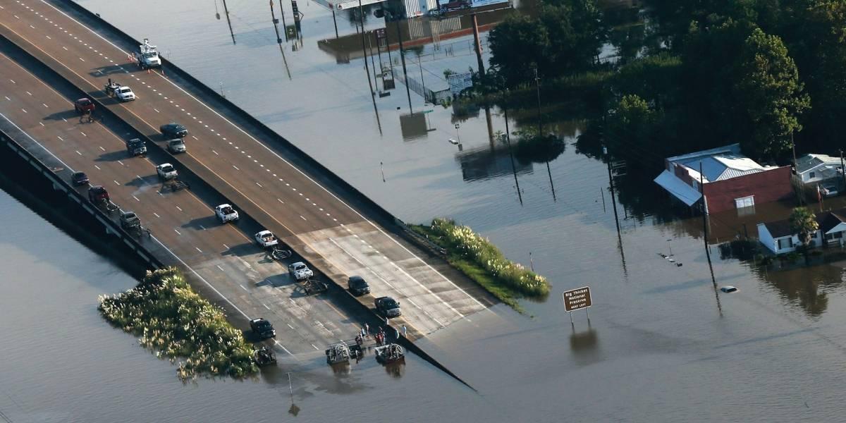 Continúa búsqueda de sobrevivientes en Houston