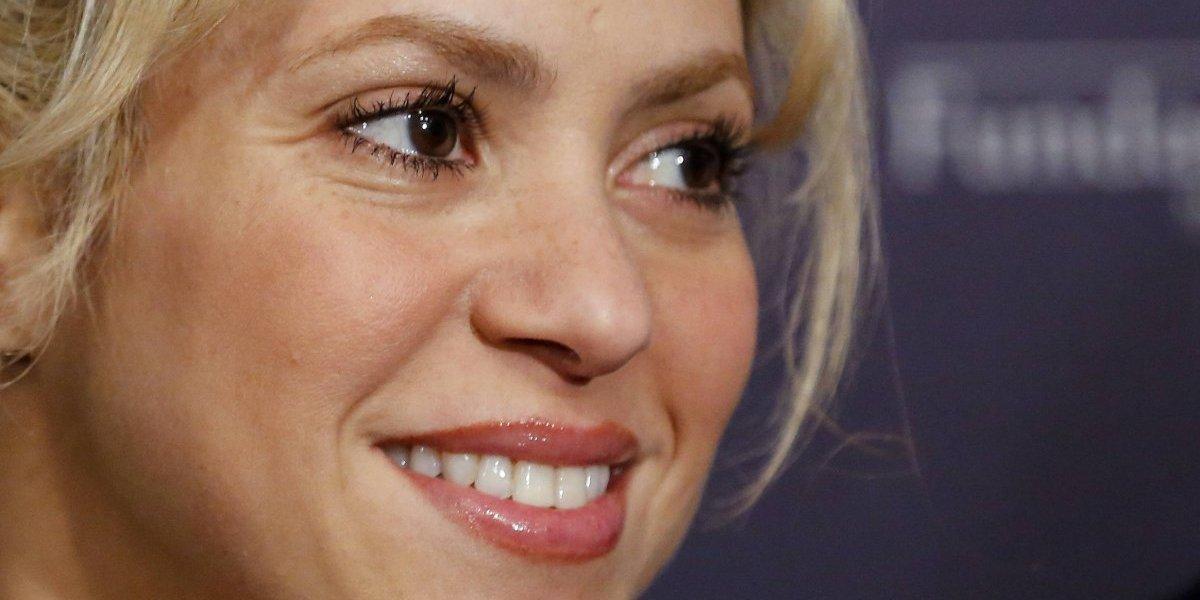 En un sexy bikini, Shakira se ejercita para su gira mundial