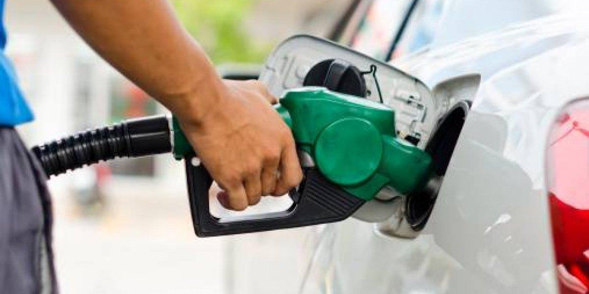 Precio de la gasolina podría continuar en alza