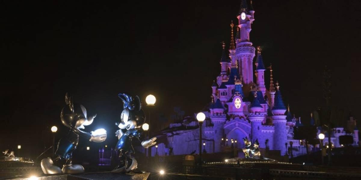 """Derecho a la igualdad: Disneyland París prohibió a un niño ser """"princesa por un día"""" y tuvo que disculparse"""