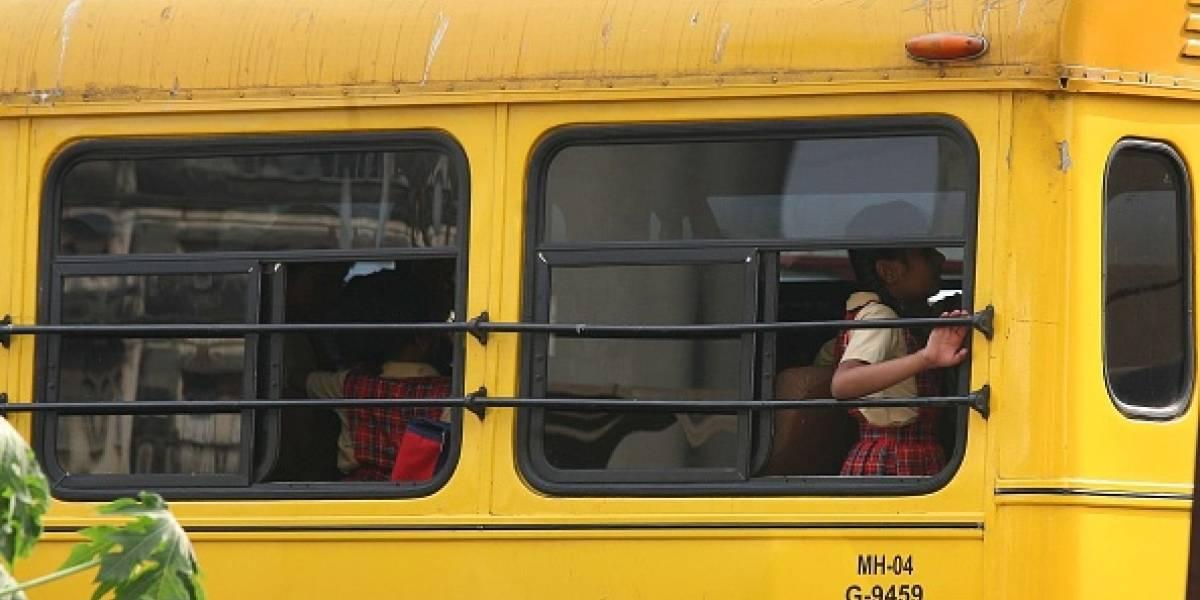 18 jóvenes heridos tras accidente de bus escolar en Cali
