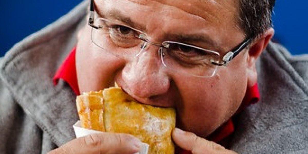 Empezó septiembre y revive una eterna polémica: ¿La empanada de pino es con pasas o sin pasas?