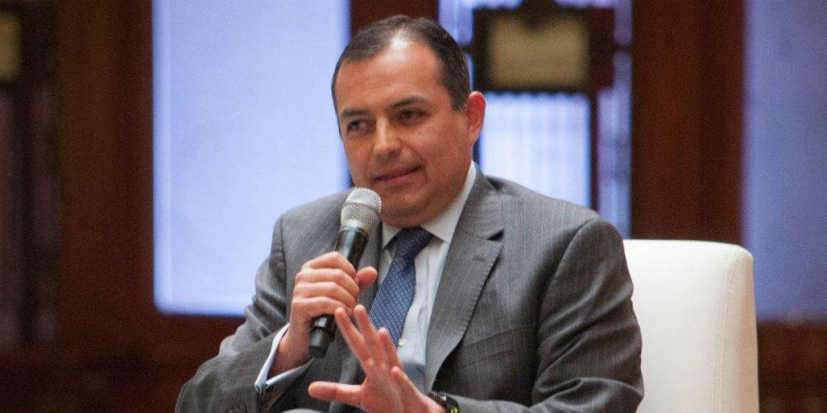 Eligen a Ernesto Cordero como presidente de la Mesa Directiva del Senado