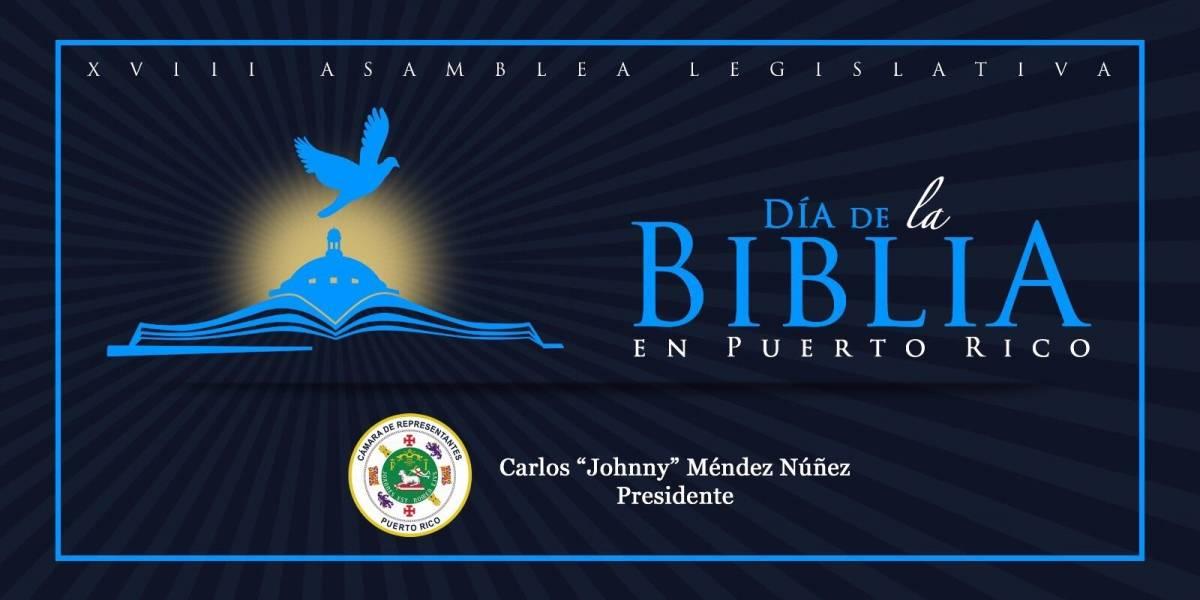 Censuran a Johnny Méndez por invitar a leer la biblia