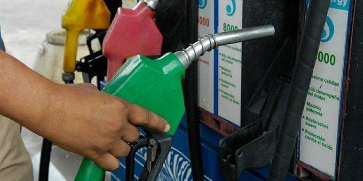 Precios de los combustibles bajarán a partir de mañana